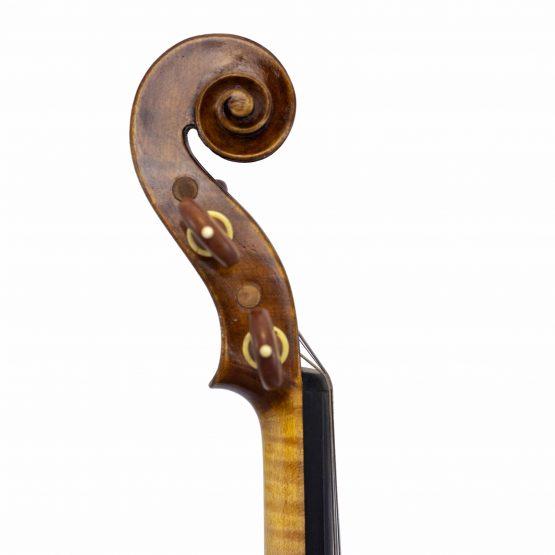 Rudolph Fiedler 18 Violin scroll