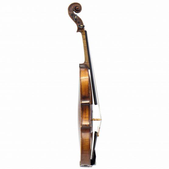 Casper Strnad Violin full side