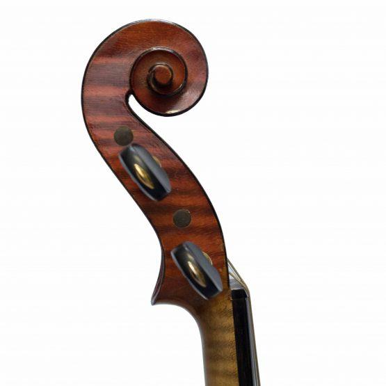Justin Derazey Violin scroll