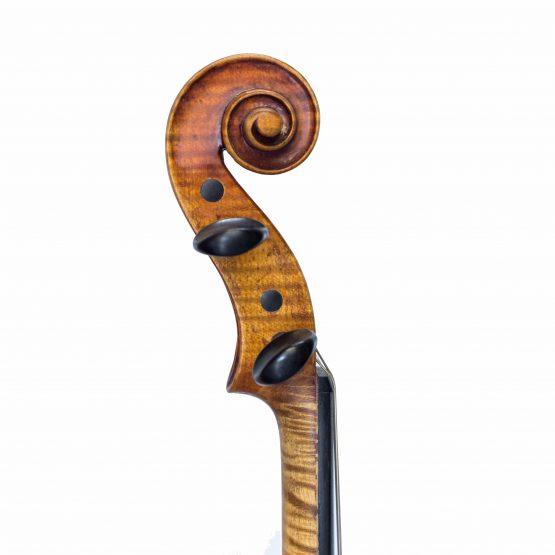 1928 John Juzek Violin scroll